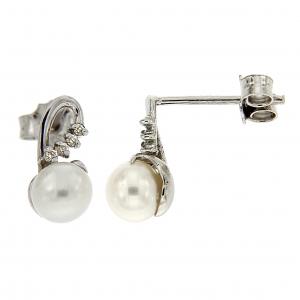 Orecchini con perla e diamanti